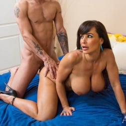 Lisa Ann in 'Naughty America' and Mr. Pete in My Dad's Hot Girlfriend (Thumbnail 12)