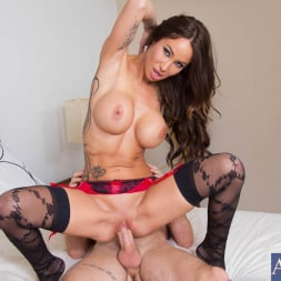 Sandee Westgate in 'Naughty America' and Jared Grey in My Dad's Hot Girlfriend (Thumbnail 7)