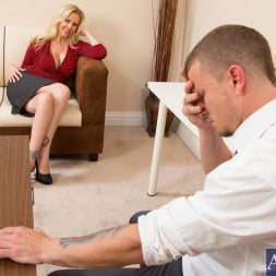 Julia Ann in 'Naughty America' and Mr. Pete in Naughty Office (Thumbnail 2)