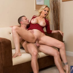 Julia Ann in 'Naughty America' and Mr. Pete in Naughty Office (Thumbnail 7)