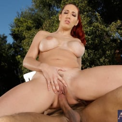 Kelly Divine in 'Naughty America' and Karlo Karrera in My Friend's Hot Girl (Thumbnail 9)