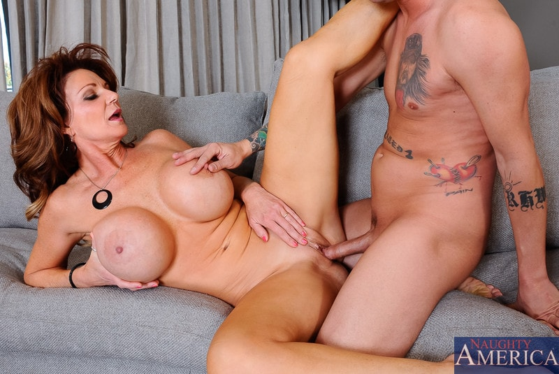 Native american milf cheyenne hunter bends over and gets fucked by black guy