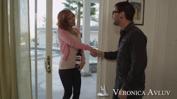 Veronica Avluv and Dane Cross in Neighbor Affair