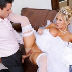 Tasha Reign in 'Naughty America' in Naughty Weddings (Thumbnail 4)