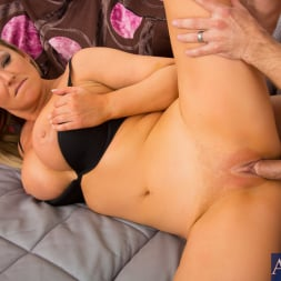 Abbey Brooks in 'Naughty America' in My Wife's Hot Friend (Thumbnail 13)