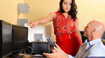 Gracie Glam in 'in Naughty Office'