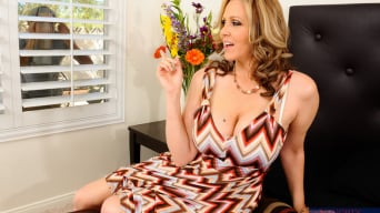 Julia Ann in 'in My Friends Hot Mom'