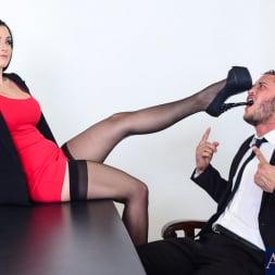 Katrina Jade in 'Naughty America' in Naughty Office (Thumbnail 2)