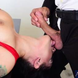 Katrina Jade in 'Naughty America' in Naughty Office (Thumbnail 4)