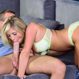 Tasha Reign in 'Naughty America' in I Have a Wife (Thumbnail 3)