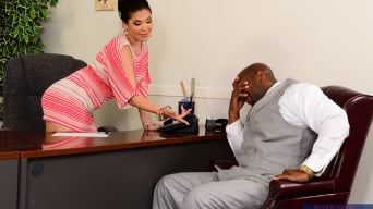 London Keyes in 'in Naughty Office'