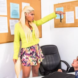 Bridgette B. in 'Naughty America' in My First Sex Teacher (Thumbnail 2)