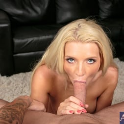 Addison Avery in 'Naughty America' in Housewife 1 on 1 (Thumbnail 13)