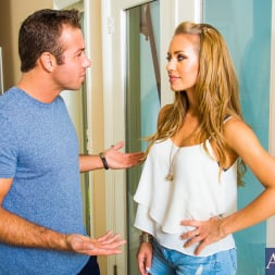 Nicole Aniston in 'Naughty America' in Neighbor Affair (Thumbnail 1)