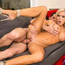 Nina Elle in 'Naughty America'  in Seduced by a cougar (Thumbnail 15)