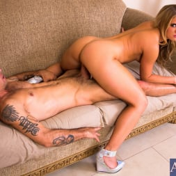 Candice Dare in 'Naughty America' in Ass Masterpiece (Thumbnail 13)