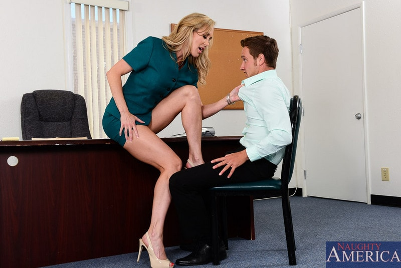 Naughty America 'in Naughty Office' starring Brandi Love (Photo 2)