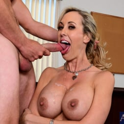 Brandi Love in 'Naughty America' in Naughty Office (Thumbnail 11)