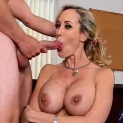 Brandi Love in 'Naughty America' in Naughty Office (Thumbnail 12)
