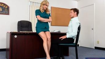 Brandi Love に 'in Naughty Office'