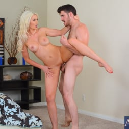 Gigi Allens in 'Naughty America' in My Wife's Hot Friend (Thumbnail 7)