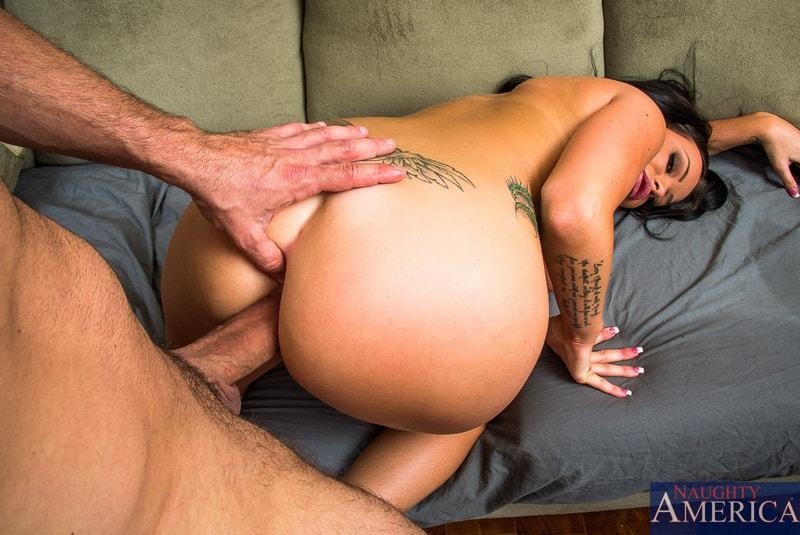 Naughty America 'in My Dad's Hot Girlfriend' starring Rachele Richey (Photo 10)
