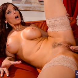 Syren De Mer in 'Naughty America' in My Friends Hot Mom (Thumbnail 10)