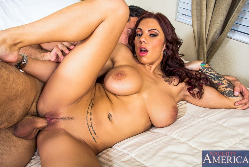 Naughty America 'in My Girlfriend's Busty Friend' starring Lylith LaVey (Photo 10)
