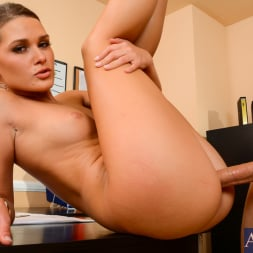 Abby Cross in 'Naughty America' in Naughty Office (Thumbnail 8)