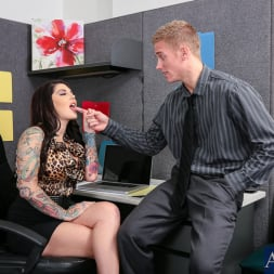 Darling Danika in 'Naughty America' in Naughty Office (Thumbnail 2)
