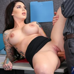Darling Danika in 'Naughty America' in Naughty Office (Thumbnail 4)