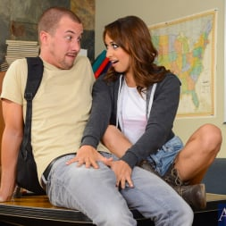 Sara Luvv in 'Naughty America' in Naughty Bookworms (Thumbnail 2)