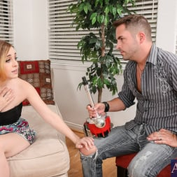 Alexia Gold in 'Naughty America'  in My Sisters Hot Friend (Thumbnail 2)