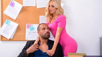 Karla Kush In 'in Naughty Office'