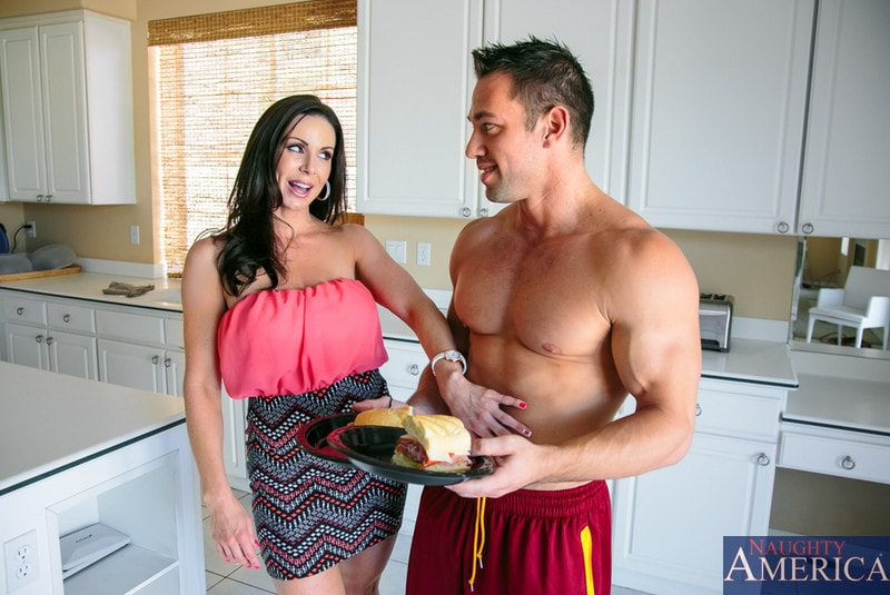 Naughty America 'in My Friends Hot Mom' starring Kendra Lust (Photo 1)