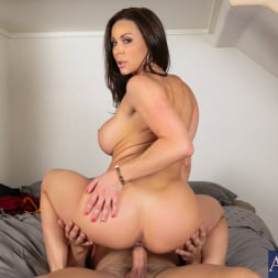 Kendra Lust in 'Naughty America' in My Friends Hot Mom (Thumbnail 15)
