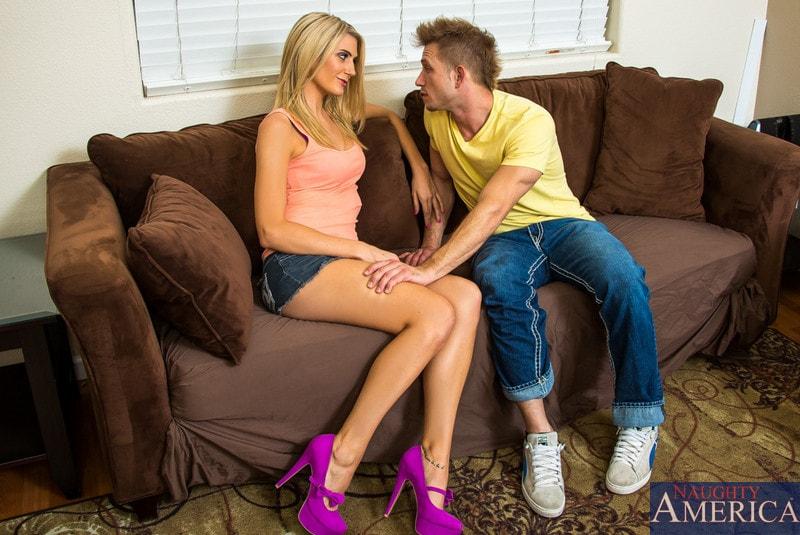 Naughty America 'in Neighbor Affair' starring Amanda Tate (Photo 1)