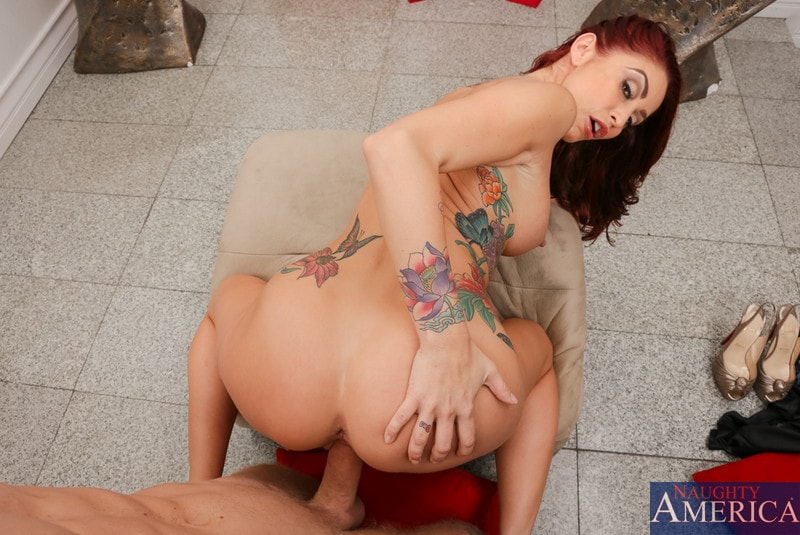 Naughty America 'in Housewife 1 on 1' starring Monique Alexander (Photo 6)