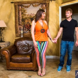 Sara Jay in 'Naughty America' in Seduced by a cougar (Thumbnail 1)