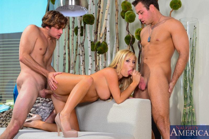 Naughty America 'in My Friend's Hot Girl' starring Tasha Reign (Photo 4)