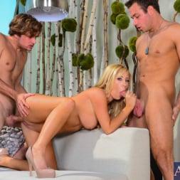 Tasha Reign in 'Naughty America' in My Friend's Hot Girl (Thumbnail 4)