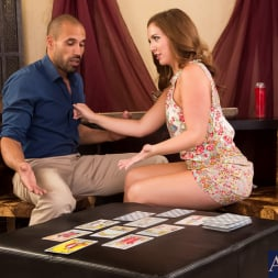 Maddy O'Reilly in 'Naughty America' in I Have a Wife (Thumbnail 2)