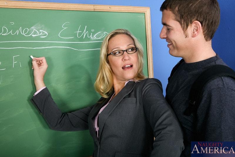 Naughty America 'in My First Sex Teacher' starring Jessie Cash (Photo 1)