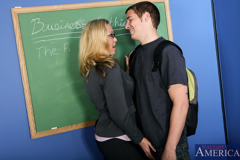 Naughty America 'in My First Sex Teacher' starring Jessie Cash (Photo 2)