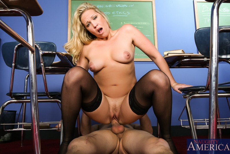 Naughty America 'in My First Sex Teacher' starring Jessie Cash (Photo 10)
