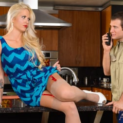 Holly Heart in 'Naughty America' in Seduced by a Cougar (Thumbnail 1)