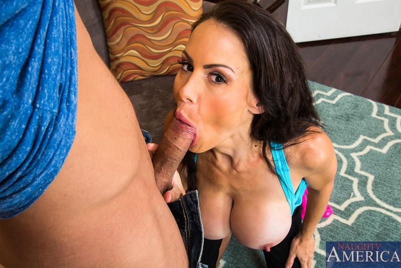 Naughty America 'in My Friends Hot Mom' starring McKenzie Lee (Photo 3)