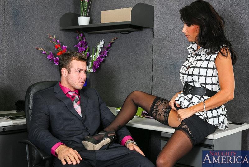 Naughty America 'in Naughty Office' starring Lezley Zen (Photo 2)