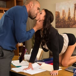 Whitney Westgate in 'Naughty America' in Naughty Office (Thumbnail 3)