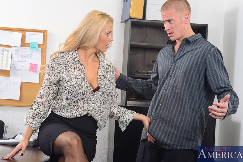 Naughty America 'in Naughty Office' starring Holly Heart (Photo 1)